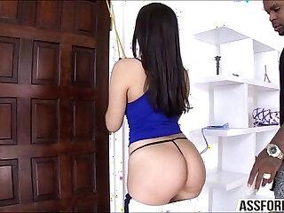 Sexy brunette model Valentina enjoys interracial anal sex