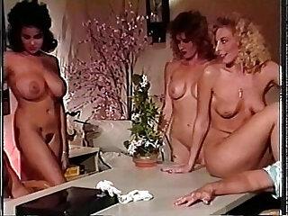 Bikini City 1991