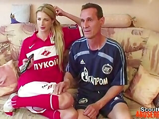 Step dad Seduce Young Not Step daughter to Fuck His Big xxxvideo.best