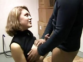 Female real estate agent fucked
