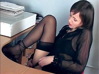 Office babe fingering in sheer stockings heels