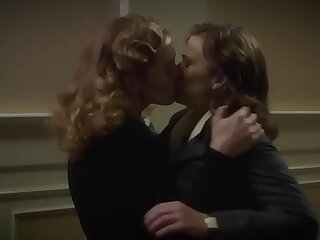 Hayley Atwell Bridget Regan Lesbian Kiss In Agent Carter