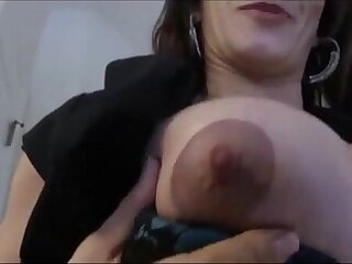 Leena sky in mom shows son the tip game