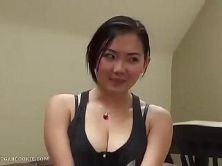 Very cute Asian girl gives perfect blowjob