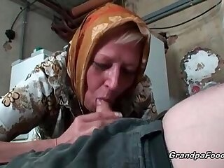 Sexy amateur blonde has great fun with hot mature couple