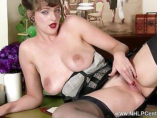 Brunette in vintage nylons masturbating