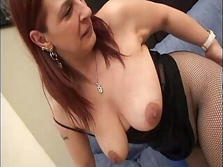 Young boy jerks off the pussy of a dirty milf in mask